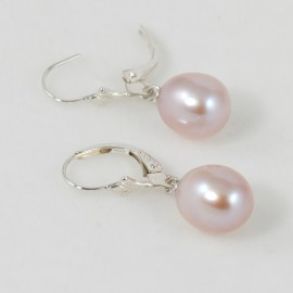 En perles d'eau douce-Boucles d'oreilles